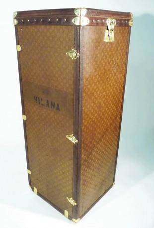 Malle Penderie Ducale Louis Vuitton