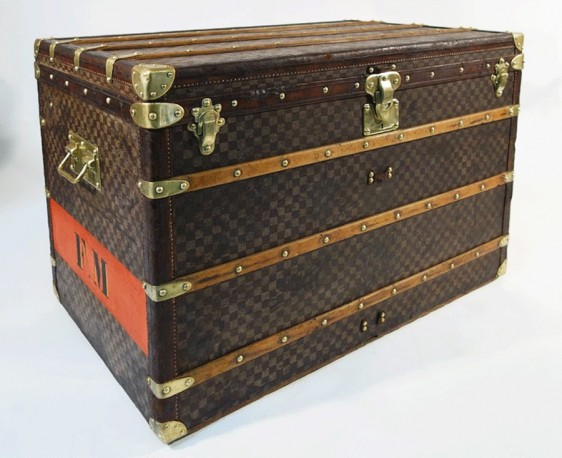 4d9d15d7a6f louis vuitton damier trunk