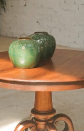 Enamel terracotta pot