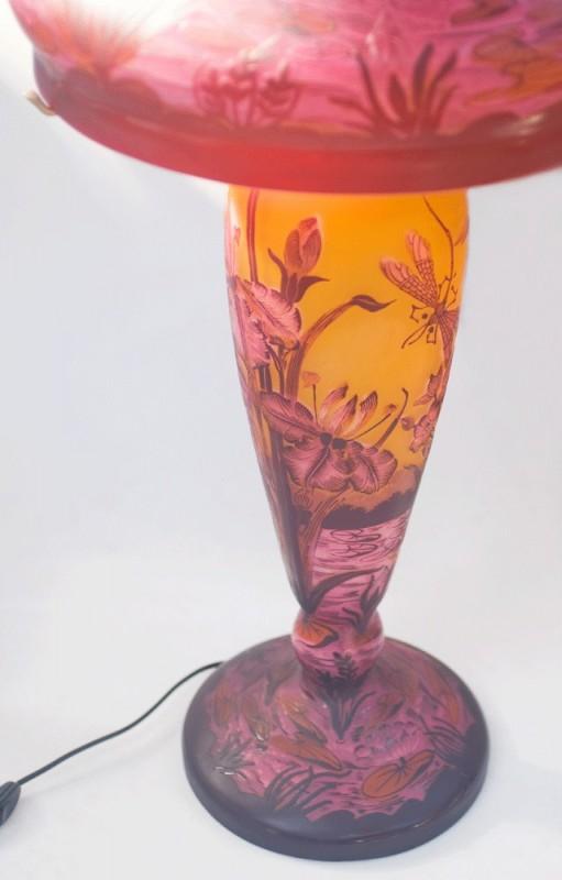 grande lampe de style art nouveau de r alisation artisanale actuelle. Black Bedroom Furniture Sets. Home Design Ideas