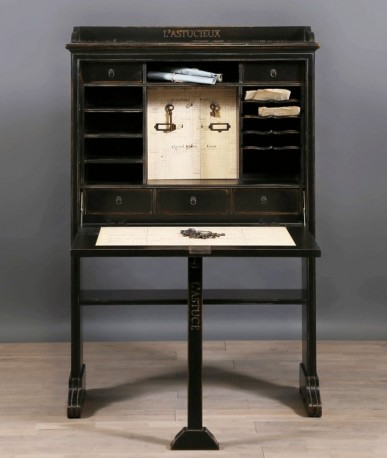 Secretary-Desk, XIXth style