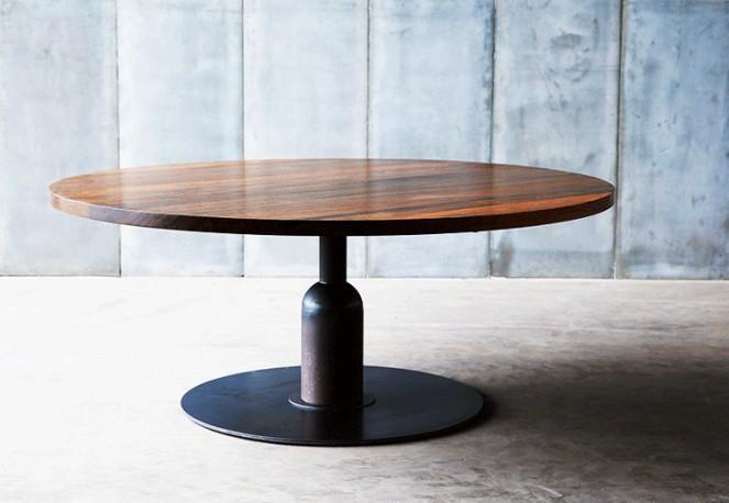 Table Insieme - Noyer massif - ∅ 160 cm