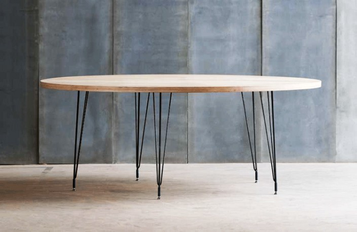 grande table ronde bois #10: american industrial round wood table