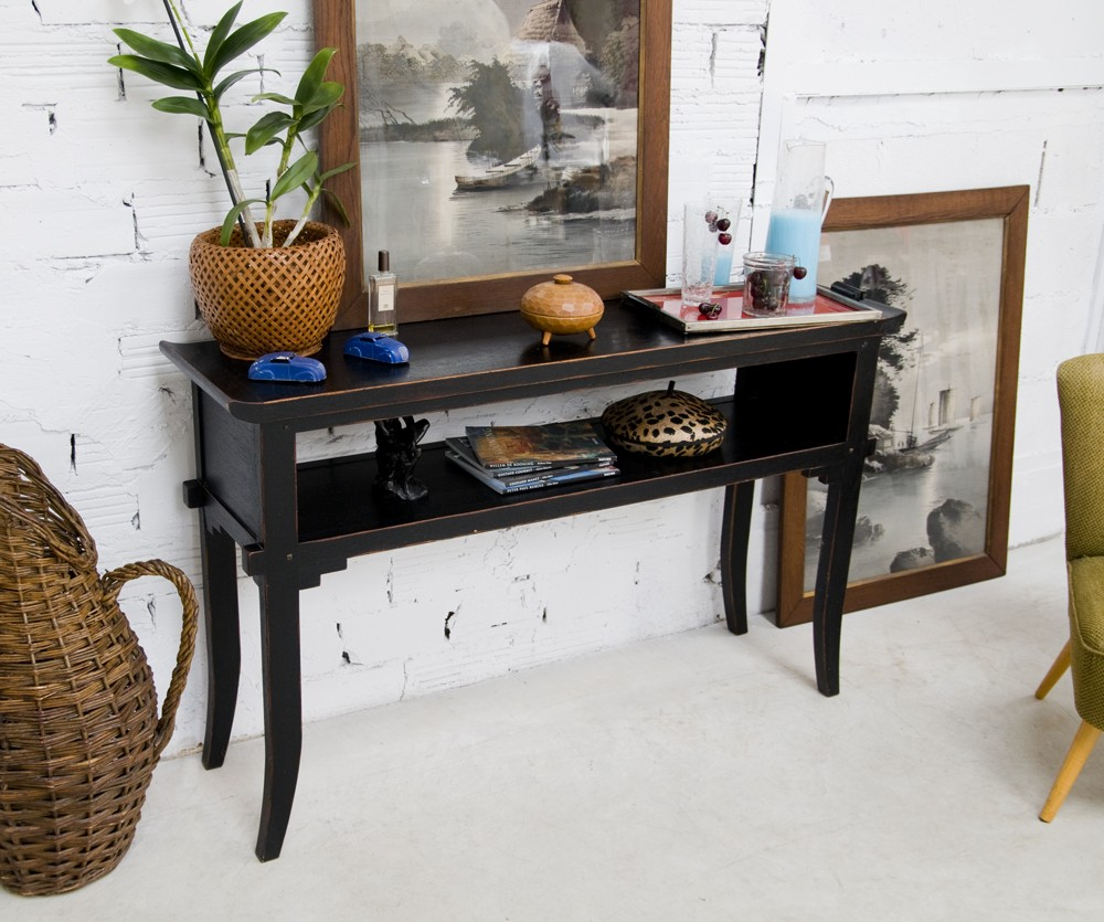 Long Vintage Chinese Black Lacquered Wood Side Table, 1950 Furniture Style.