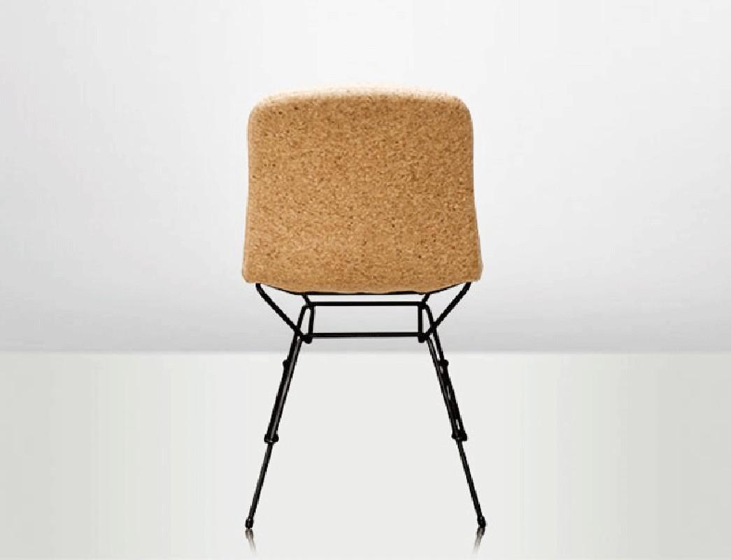 la chaise li ge black chaise r alis e en v ritable cuir de li ge et acier inoxydable couleur. Black Bedroom Furniture Sets. Home Design Ideas