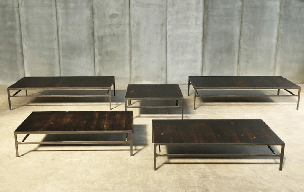 La Table Basse Moka R Alis E En Structure En M Tal Brut Et Plateau