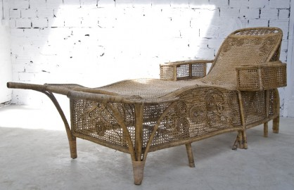 1900 antique day bed - SOLD