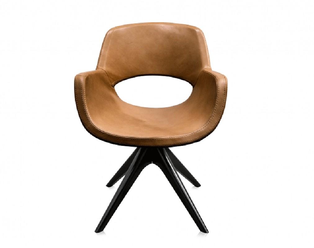 fauteuil cuir cannelle betty 50s arteslonga. Black Bedroom Furniture Sets. Home Design Ideas