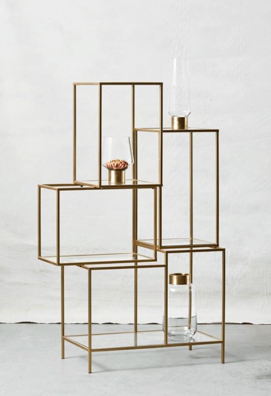 belle tag re moderniste en m tal dor hyper d co pour un bureau une chambre ou un salon. Black Bedroom Furniture Sets. Home Design Ideas