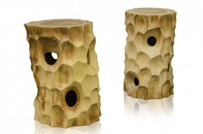 Tabouret sculpté en bois naturel de Suar