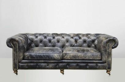 Canapé Chesterfield noir ébène vieilli