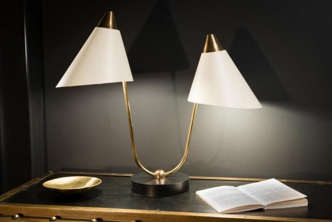 belle lampe de bureau tubulaire laiton avec son abat jour rond vert style ann es 50. Black Bedroom Furniture Sets. Home Design Ideas