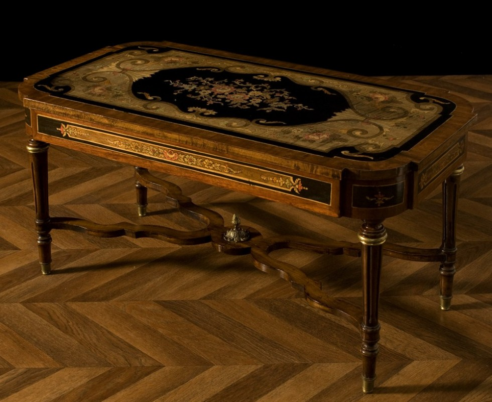 Table basse a roulette ancienne for Petite table a roulette