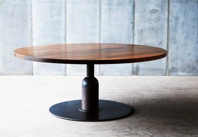 magnifique table ronde insieme de style industriel r alis e en noyer d 39 afrique. Black Bedroom Furniture Sets. Home Design Ideas