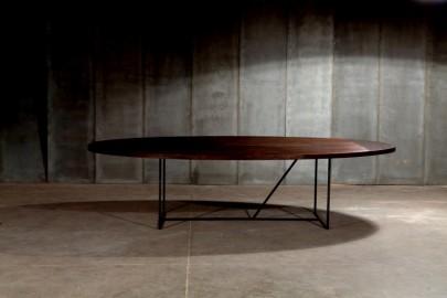 Table de repas Ovale W - 240x130cm