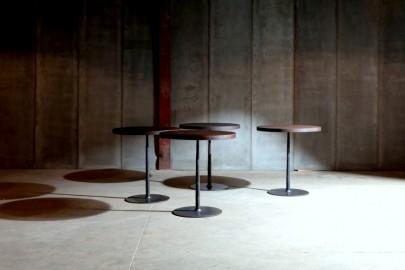 Table Guéridon Métal Martelé & Teck  ∅ 80cm