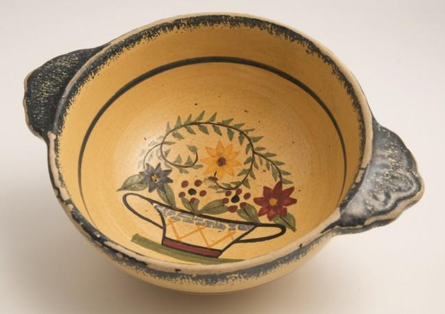 Quimper Henriot bowl, 1999.