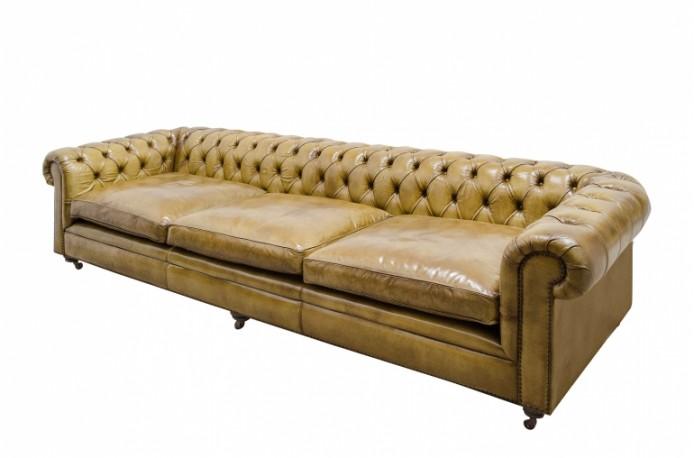 canap chesterfield en cuir vintage couleur camel marron clair. Black Bedroom Furniture Sets. Home Design Ideas