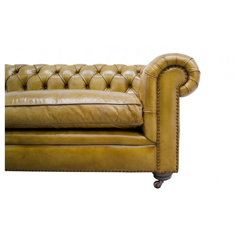 canap chesterfield en cuir vintage capitonn couleur citron vert vieilli. Black Bedroom Furniture Sets. Home Design Ideas
