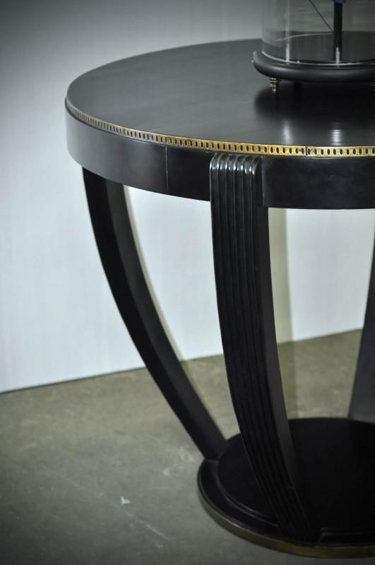 un gu ridon art d co tr s haut finition noir cercl de laiton ajour. Black Bedroom Furniture Sets. Home Design Ideas