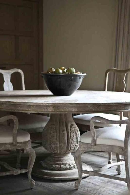 La Table Ronde En Bois Brut Ulysse, Très Belle Table Ronde