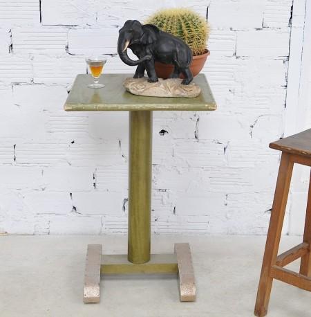 1970s vintage pedestal table
