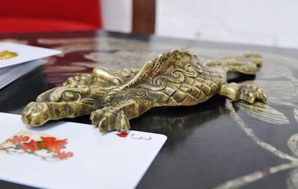 Salamandre en bronze