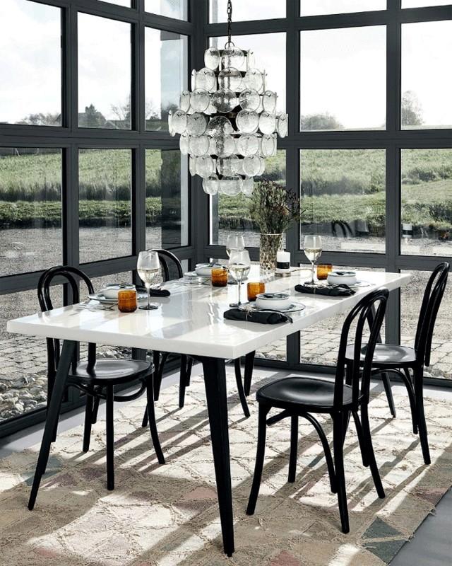 chaise de bistrot germaine dans le style thonet r alis e. Black Bedroom Furniture Sets. Home Design Ideas