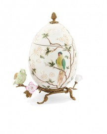 Boîte Oeuf Porcelaine Blanche Emaillée et Bronze - H 32 cm