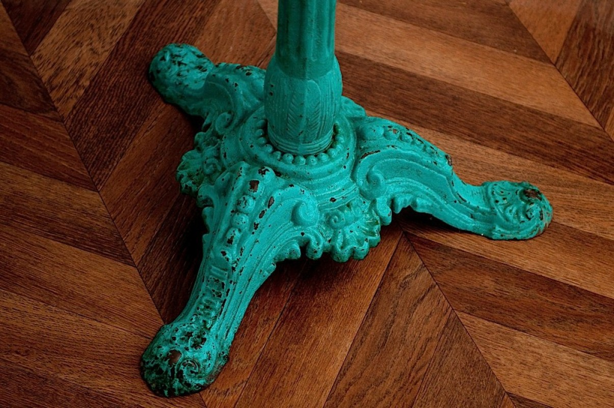 ... 1920u0027s Pedestal Bistro Table