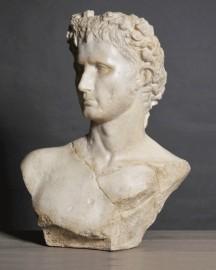 Emperoro August Bust