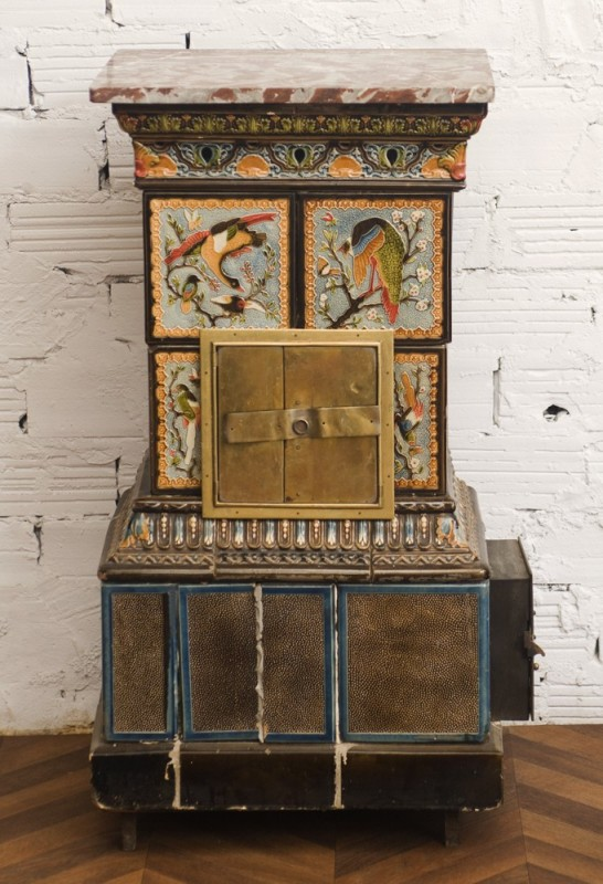 Antique wood stove, faience pattern, 1900,