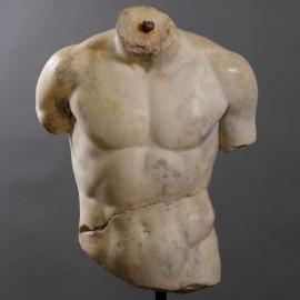 Hercule Statue
