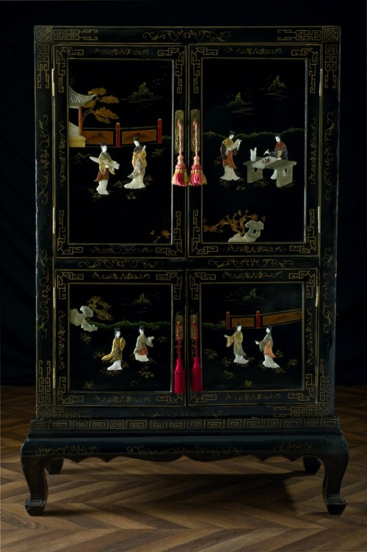 Antique chinese cabinet jade inlaid in relief a unique - Armoire chinoise noire ...