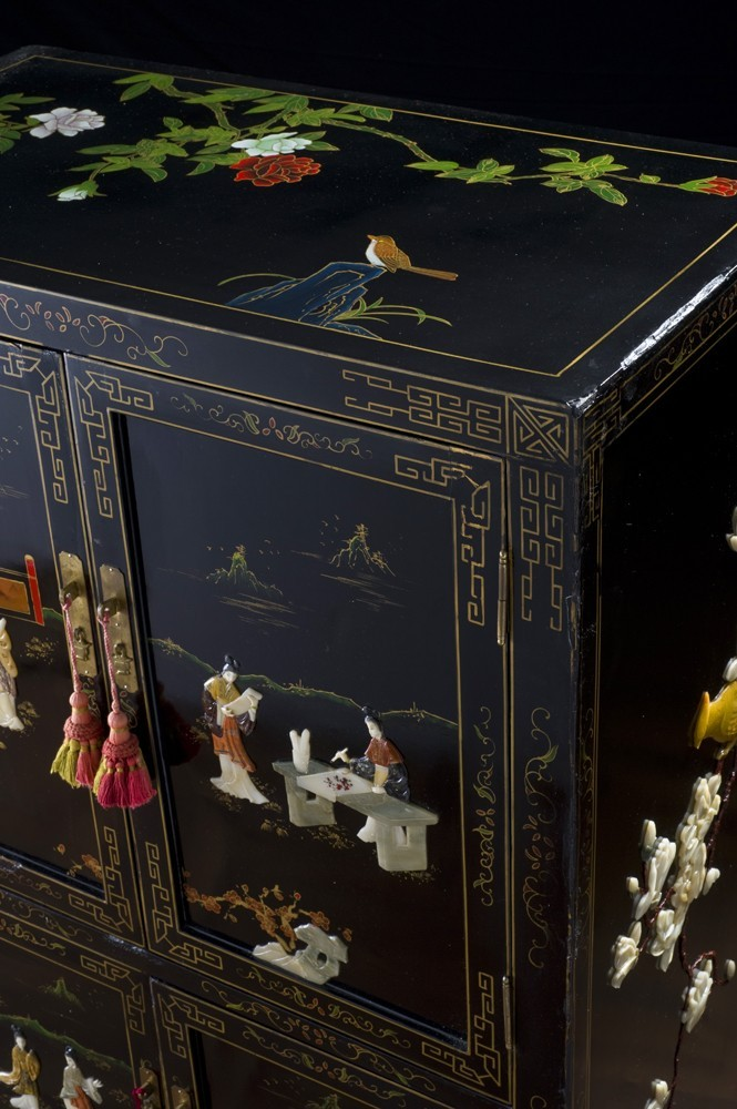 Armoire chinoise ancienne meuble chinois ancien laqu for Meuble asiatique ancien