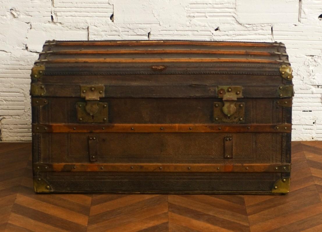 coffre malle valise voyage diligence ancienne r tro vintage cuir bois. Black Bedroom Furniture Sets. Home Design Ideas