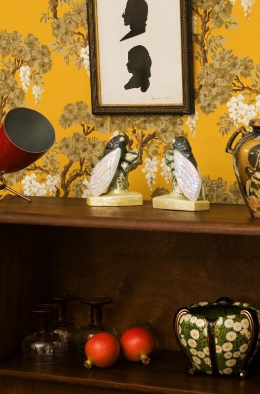serre livres porcelaine maill e objet d coratif kitch vintage ancien brocante kitch. Black Bedroom Furniture Sets. Home Design Ideas