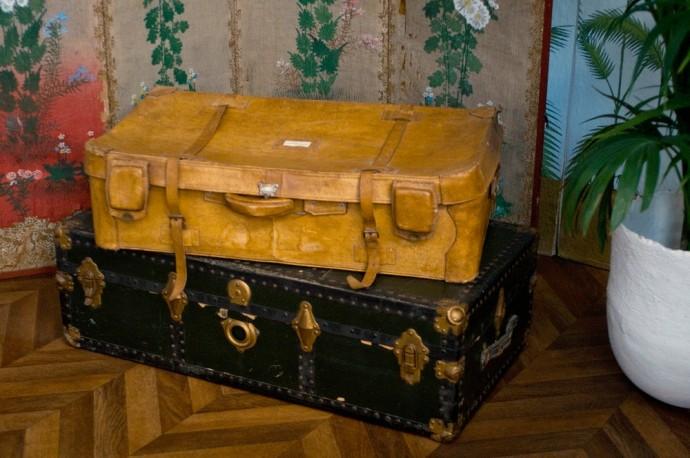 1940s Vintage Suitcase