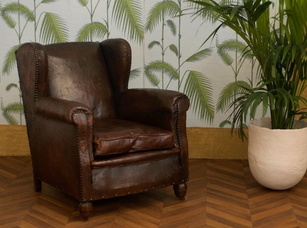 fauteuil club ancien fauteuil club vintage fauteuil. Black Bedroom Furniture Sets. Home Design Ideas