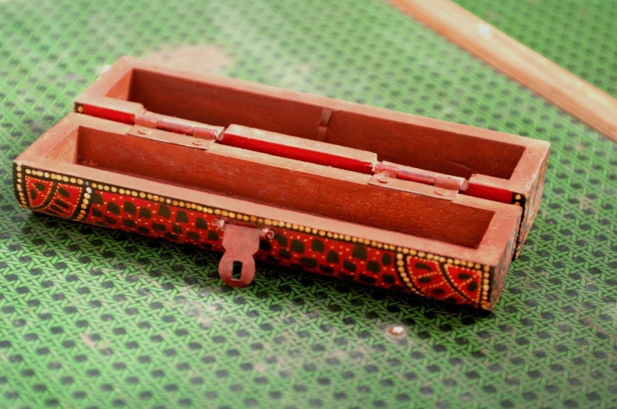 plumier en bois travail artisanal article de bureau vintage. Black Bedroom Furniture Sets. Home Design Ideas