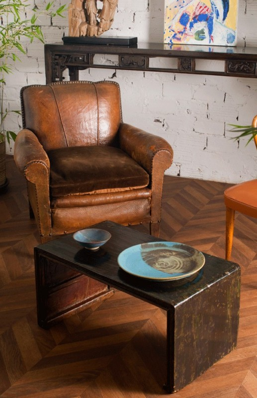 fauteuil club vintage fauteuil club ancien en cuir r tro ann es 50 1950. Black Bedroom Furniture Sets. Home Design Ideas