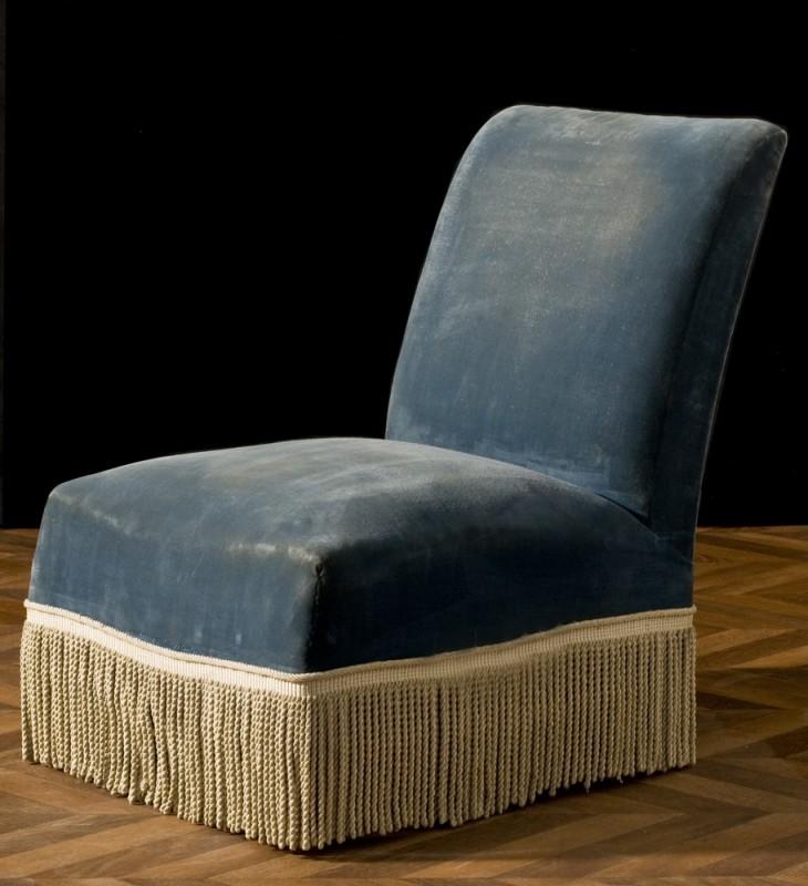 chauffeuse fauteuil chauffeuse ancienne r tro vintage ancien vente unique capitonn. Black Bedroom Furniture Sets. Home Design Ideas