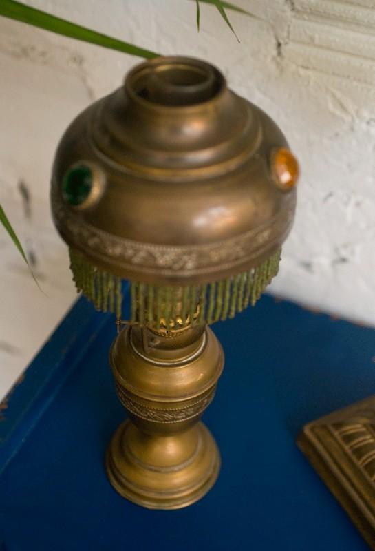 Lampe p trole ancienne cuivre abat jour pampilles for Lampe de chevet ancienne