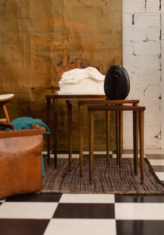 tables gigognes basses petites ann es 50 1950 vintage r tro bois acajou. Black Bedroom Furniture Sets. Home Design Ideas