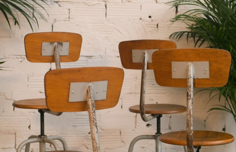 Chaises Hautes Tournantes Vintage