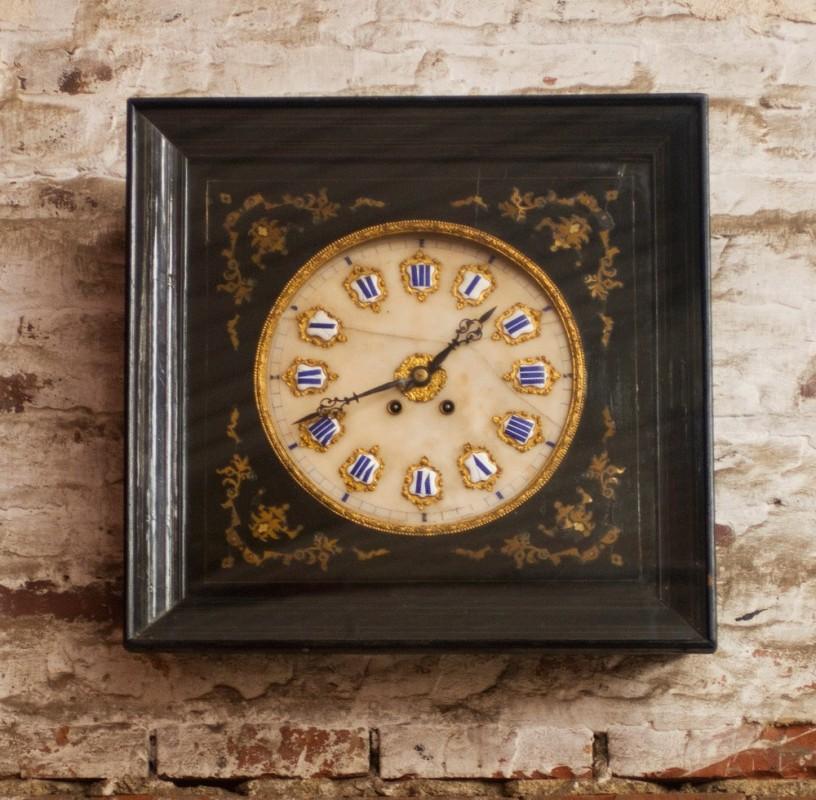 oeil de boeuf napol on iii horloge pendule murale. Black Bedroom Furniture Sets. Home Design Ideas