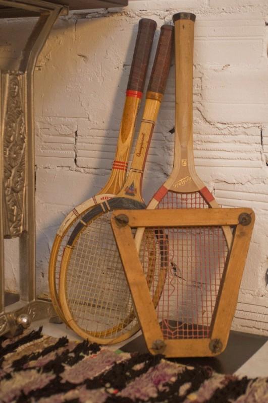 raquette de tennis en bois vintage r tro ann es 60 70 30 40. Black Bedroom Furniture Sets. Home Design Ideas