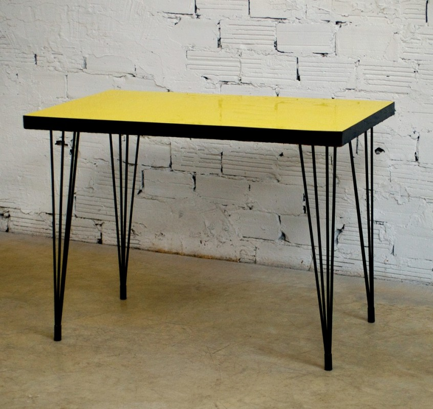 Bistro table 50s yellow formica vintage retro furniture black metal legs in - Meubles des annees 50 ...