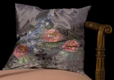 Coussin décoratif en soie