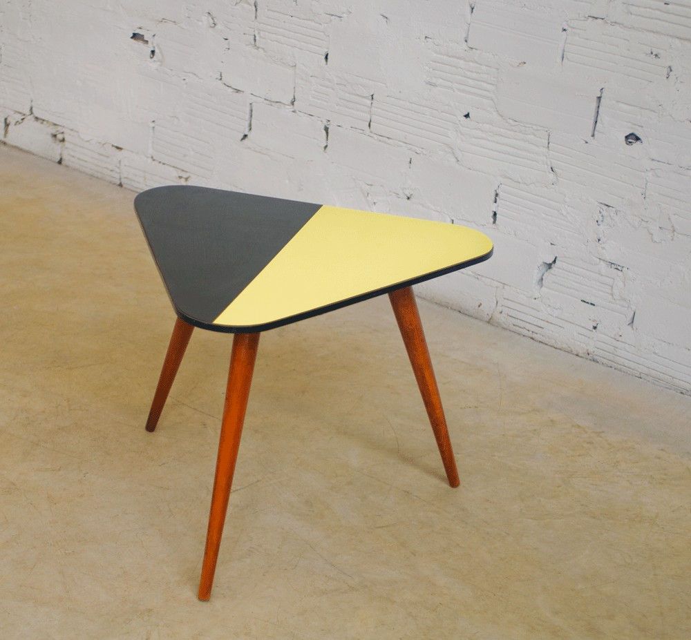 Table Basse En Formica vintage, tripod coffee table, 50s, 1950, made of beech